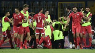 La joie de la Tunisie après le but de Khenissi.
