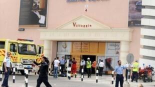 انتشار لقوات الأمن القطرية أمام مركز فيلاجيو التجاري في الدوحة في 28 ايار/مايو 2012