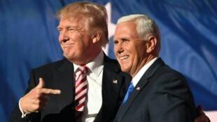 Donald Trump et Mike Pence à la Convention républicaine de Cleveland (Ohio), jeudi 21 juillet 2016.