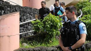 يشتبه بوجود نحو مئة متطرف في جزيرة لاريونيون الفرنسية