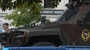 عنصر من قوات الأمن التركية في إسطنبول