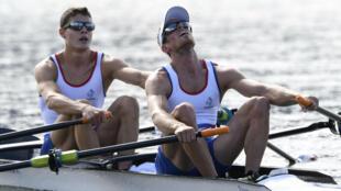 Jérémie Azou et Pierre Houin lors de l'épreuve d'aviron en deux de couple poids légers aux Jeux olympiques de Rio, le 12 août 2016.