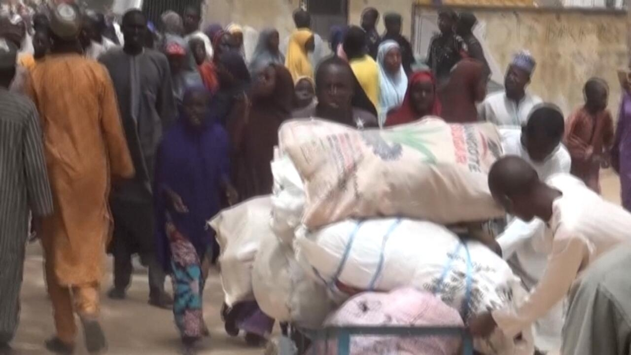 Tens of thousands flee deadly violence in Nigeria's Borno State
