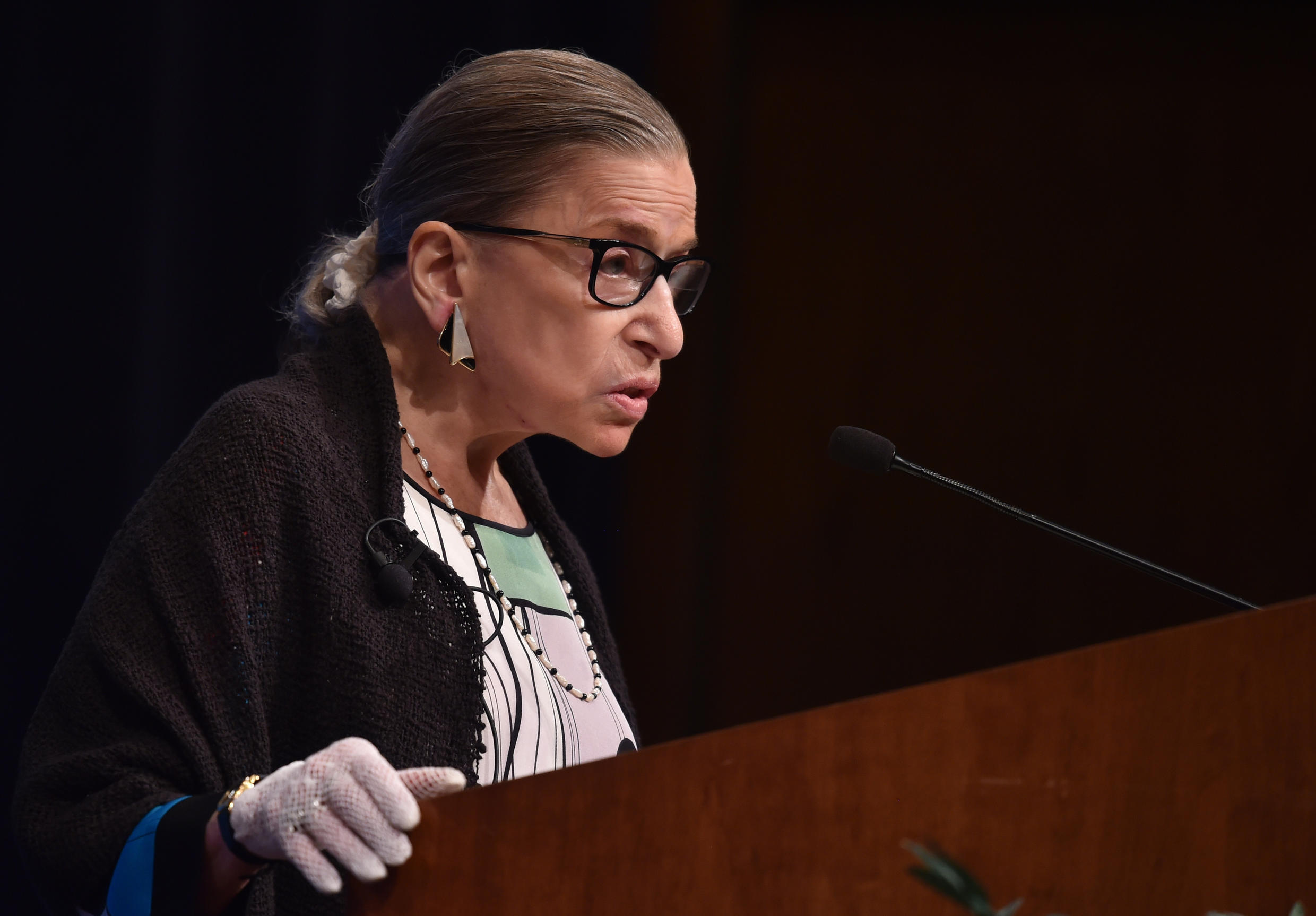 US Supreme Court Justice Ruth Bader Ginsburg speaks to first year Georgetown University law students in Washington, DC. on September 20, 2017.