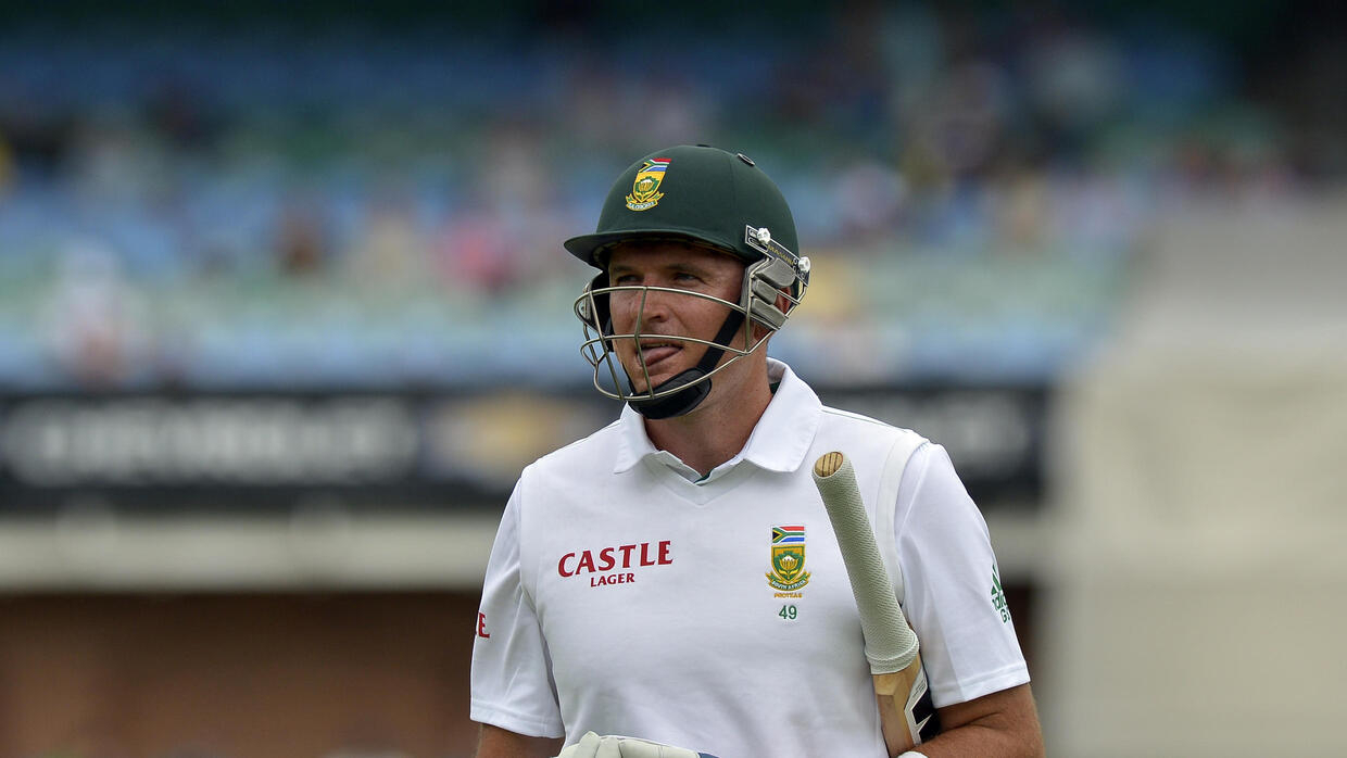 Graeme Smith to become South Africa's director of cricket as crisis goes on