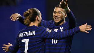 Les Bleus se sont défaits de la Croatie à Zagreb, en Ligue des nations, grâce à des buts d'Antoine Griezmann et Kylian Mbapp, le 14 octobre 2020