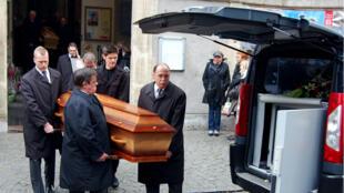 Les funérailles de Johanna Delahaye et Gérald Fontaine, le 5 mai 2012 à Boulogne-sur-Mer.