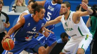 Joakim Noah, lors de l'EuroBasket 2011, la seule compétition internationale à laquelle le pivot des Chicago Bulls a pris part avec les Bleus.