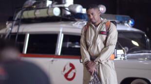 Le rappeur Nas imagine une collection de vêtements Ghostbusters.