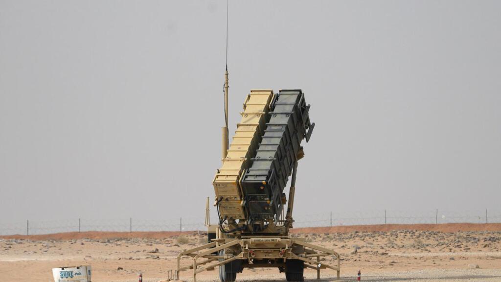 الرياض تقلل من أهمية قرار واشنطن تقليص عدد جنودها بالمملكة وتعلن مقدرتها الدفاع عن نفسها