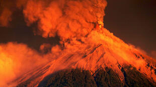 El volcán de Fuego, Guatemala, durante la quinta erupción del año, el 18 de noviembre de 2018.