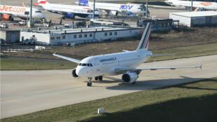 Une piste de l'aéroport Roissy-Charles-de-Gaulle le 18février2018.