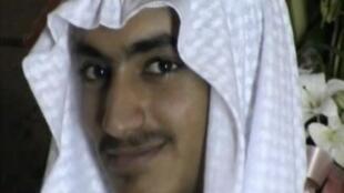 """حمزة، نجل أسامة بن لادن الزعيم في تنظيم """"القاعدة""""."""