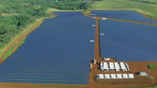 Installation électrique de Tesla sur l'île de Kauai, Hawaï.
