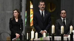 Le roi d'Espagne Felipe VI, et son épouse et Letizia, ont assité à la messe dans la Sagrada Familia.