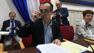 Robert Ménard, le maire de Béziers, lors d'un conseil municipal le 18 octobre 2016.
