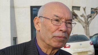 Rachid Tlemçani, political science professor at the University of Algiers.