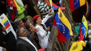 La Asamblea Nacional Constituyente de Venezuela celebra una sesión en Caracas, este sábado 12 de agosto.