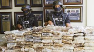 """Ouverture du procès """"Air Cocaïne"""", six ans après la saisie de 680 kilos de cocaïne par la police dominicaine."""