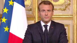 Le président français Emmanuel Macron lors d'une allocution en hommage à l'ancien président Jacques Chirac, décédé jeudi 26 septembre.