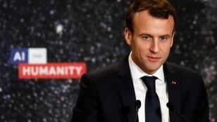 El presidente francés Emmanuel Macron ofrece un discurso durante la conferencia Inteligencia Artificial para la Humanidad en París, Francia, el 29 de marzo de 2018