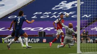 L'attaquant gabonais d'Arsenal, Pierre-Emerick Aubameyang, auteur d'un doublé lors de la finale de la Coupe d'Angleterre contre Chelsea, à Londres, le 1er août 2020