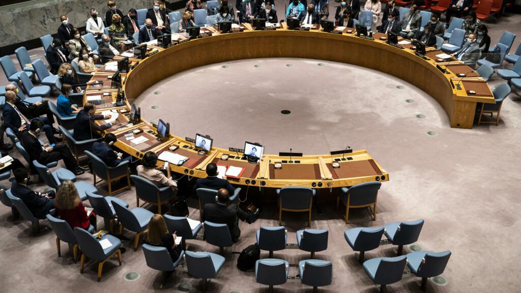 """السودان: مجلس الأمن يطالب """"بعودة حكومة انتقالية يديرها مدنيون"""" والإفراج """"الفوري"""" عن المعتقلين"""