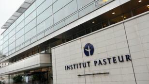 La façade de l'Institut Pasteur à Paris, en novembre 2008.