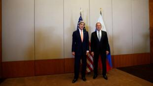 Le Secrétaire d'État américain John Kerry et le ministre russe des Affaires étrangères Sergueï Lavrov, le 9 septembre 2016.