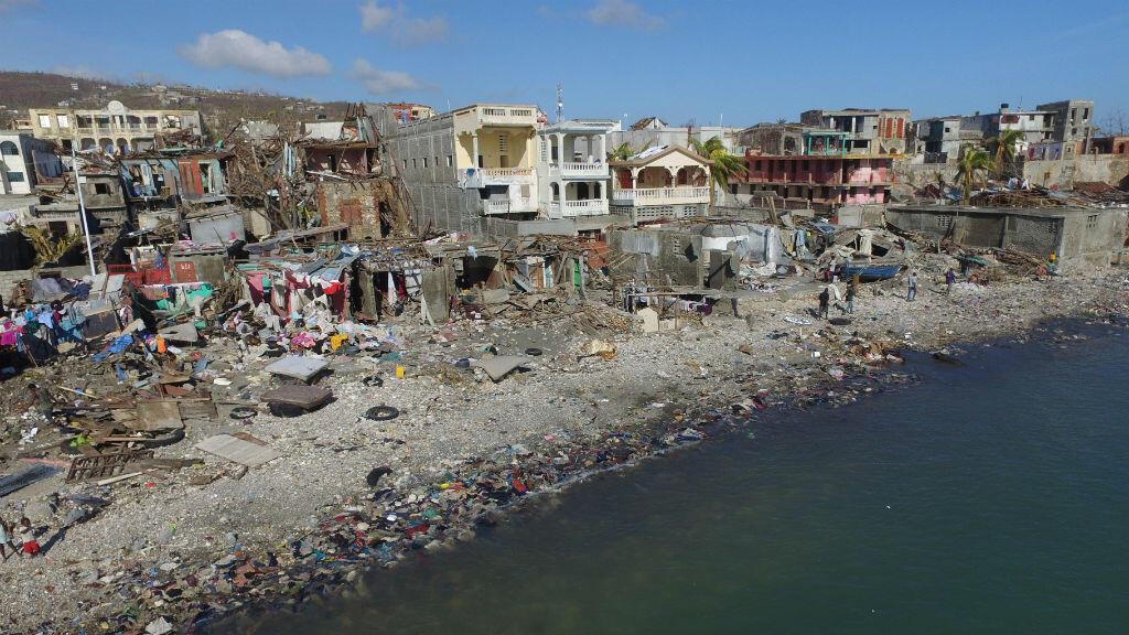 La ville de Casanette, en Haïti, après le passage de l'ouragan Matthew, le 8 octobre 2016.