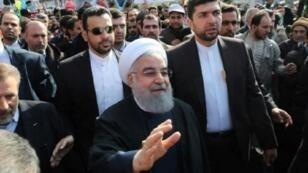 روحاني في ميدان آزادي في طهران 11 شباط/فبراير 2018 خلال الاحتفال بالذكرى الـ39 للثورة الإسلامية