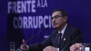 El presidente peruano, Martín Vizcarra, durante el acto de cierre de la VIII Cumbre de las Américas en Lima el 14 de abril de 2018.