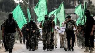 عناصر من كتائب القسام التابعة للجناح المسلح لحركة حماس
