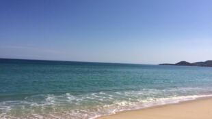 Playa de la zona hotelera de Cabo San Lucas.
