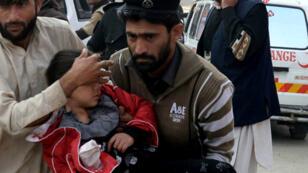 Plus de 130 enfants ont été tués, mardi 16 décembre, dans l'attaque de l'école de Peshawar.