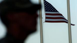 Un soldat américain sur une base américiane en Afghanistan en septembre 2007.