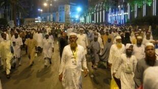 حجاج مسلمون عند خروجهم من المسجد الحرام في مكة