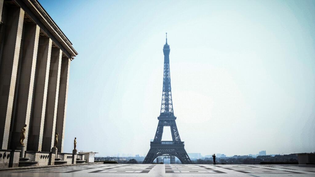 La tour Eiffel, monument le plus emblématique de Paris, rouvre au public