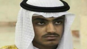 Pantallazo de un video sin fecha de la CIA en donde aparece Hamza Bin Laden.
