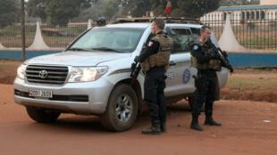 Deux militaires de l'Eufor, l'opération militaire de l'UE en République centrafricaine.