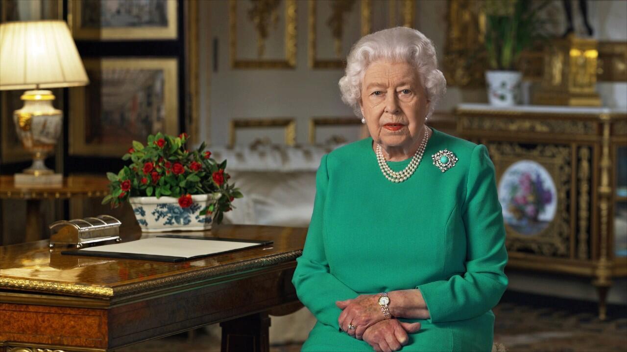 La reina Isabel II se dirigió a la nación británica para insuflar ánimos en la lucha contra la pandemia de Covid-19 que ya ha dejado casi 5.000 fallecidos en Reino Unido. En Londres, Reino Unido el 5 de abril de 2020.