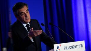 Avec sa conférence de presse, lundi 6 février 2017, François Fillon a lancé la contre-attaque et espère mettre l'affaire Penelope derrière lui.