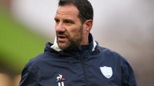 Le co-manager du Racing 92 Laurent Labit suit le match contre les Leicester Tigers en Coupe d'Europe de rugby, le 16 décembre 2018 à Leicester