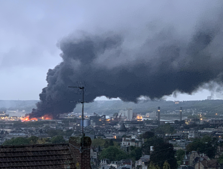 L'incendie de l'usine chimique Lubrizol de Rouen, le 26 septembre 2019