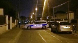 Une perquisition a été menée dans la soirée de jeudi au domicile de l'assaillant en Seine-et-Marne.