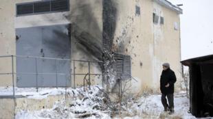 Une maison de Donetsk portant les stigmates des combats opposant l'armée ukrainienne aux séparatistes pro-russes.
