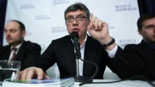 L'opposant russe Boris Nemtsov lors d'une conférence le 30 janvier 2014.