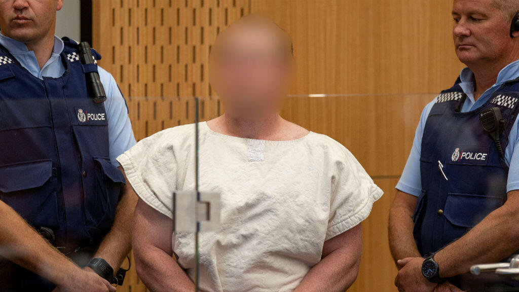 Brenton Tarrant, de 28 años, fue acusado de asesinato y tendrá que comparecer ante un tribunal de Nueva Zelanda en junio.