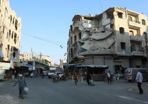 الأمم المتحدة والصليب الأحمر يدعوان إلى عدم استهداف المناطق السكنية في إدلب وطرابلس