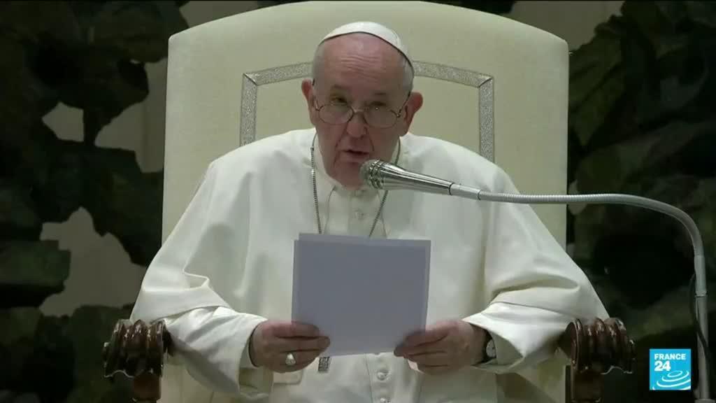 """2021-10-06 12:08 Le pape François dit sa """"honte"""" sur l'absence de prise en charge des victimes d'abus par l'Eglise"""